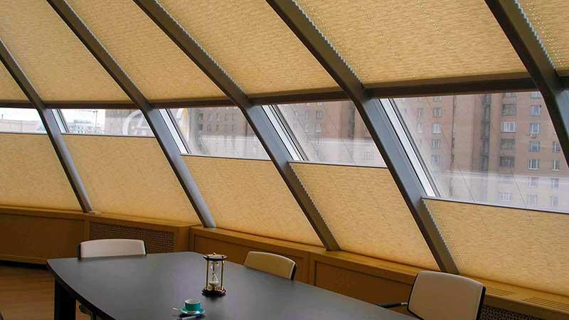 Натяжные шторы плиссе в Саратове