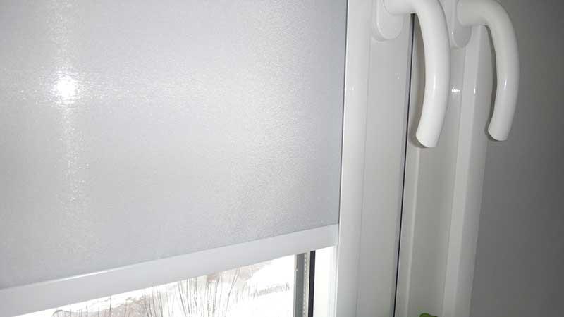 Кассетные шторы с пружинным механизмом