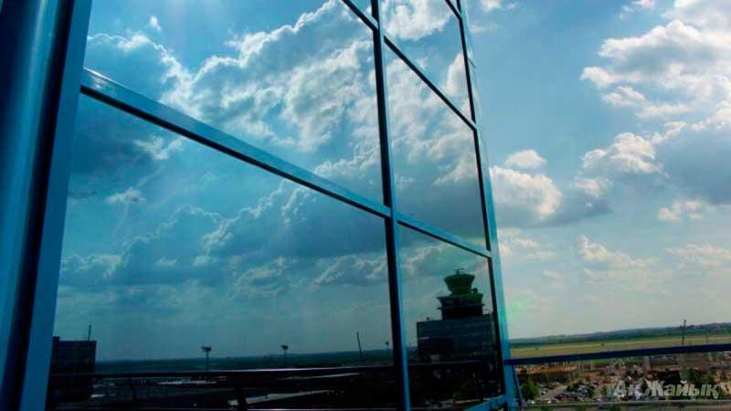 Зеркальная солнцезащитная пленка